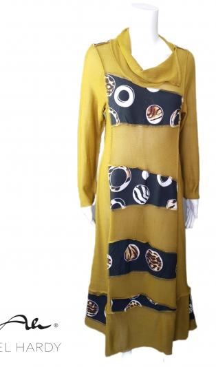 Уникална рокля ФЕМА пачуарк цвят охра