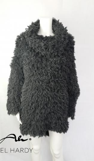 Авангардна пухкава блуза