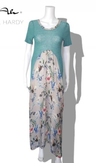 Романтична и бохемска лятна рокля на цветя