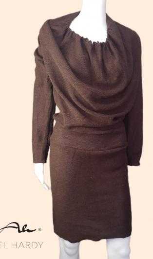 Стилна рокля  в шоколадово кафяво