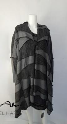 Двулицева пачуарк жилетка в черно и сиво