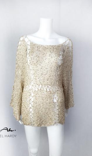 Златиста ръчно плетена блуза