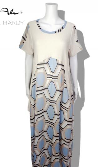 Лятна стилна рокля в геометричен дизайн
