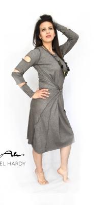 Метално -сребриста фино плетена рокля