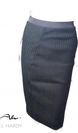 Топло плетена ластична миди пола тип молив