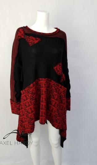 Фънки блуза  в черно и червено