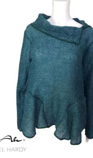 Блуза от леко топло букле