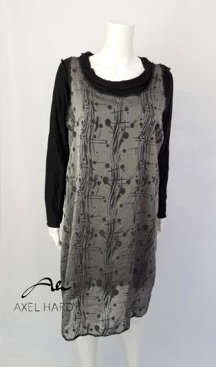 Уникална  рокля с естествена коприна в сиво