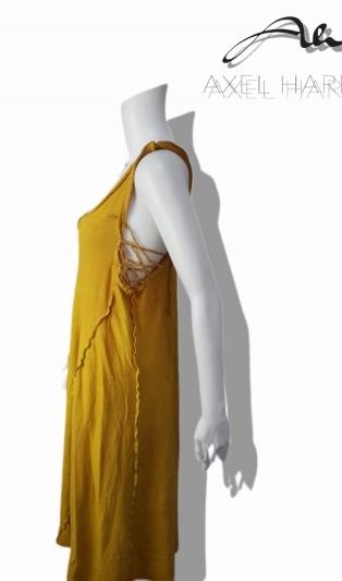 Фино плетена рокля в жълто /охра батик