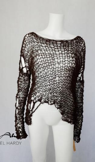 Авангардна ръчно плетена блуза НЕ Е НАЛИЧНА