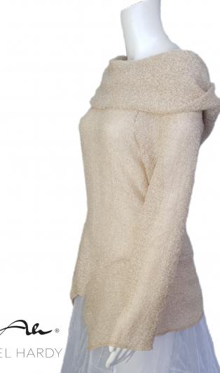 Блуза от леко топло букле в цвят карамел с обемна качулка НЕ Е НАЛИЧНА