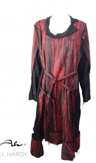 Рокля  с ленти за оформяне на перфектен силует в 3 цвята -099 черно/сиво,166-червено/черно, 122- петрол зелено/черно